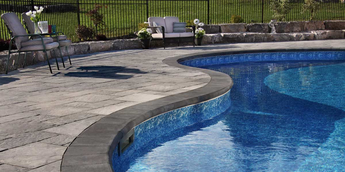 Barollo Cap coping around curved pool