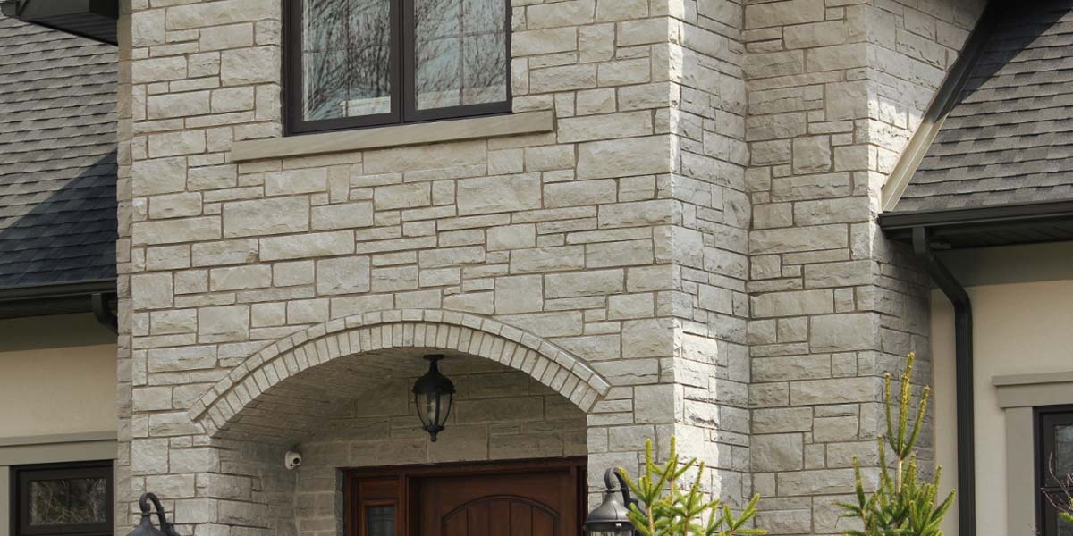 Cobalt Valley veneer stone arched entrance
