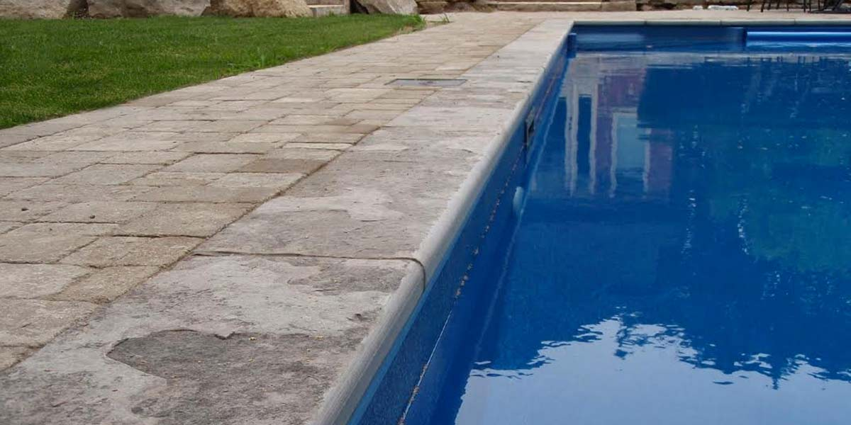 Eramosa Flamed (Traditional) pool coping