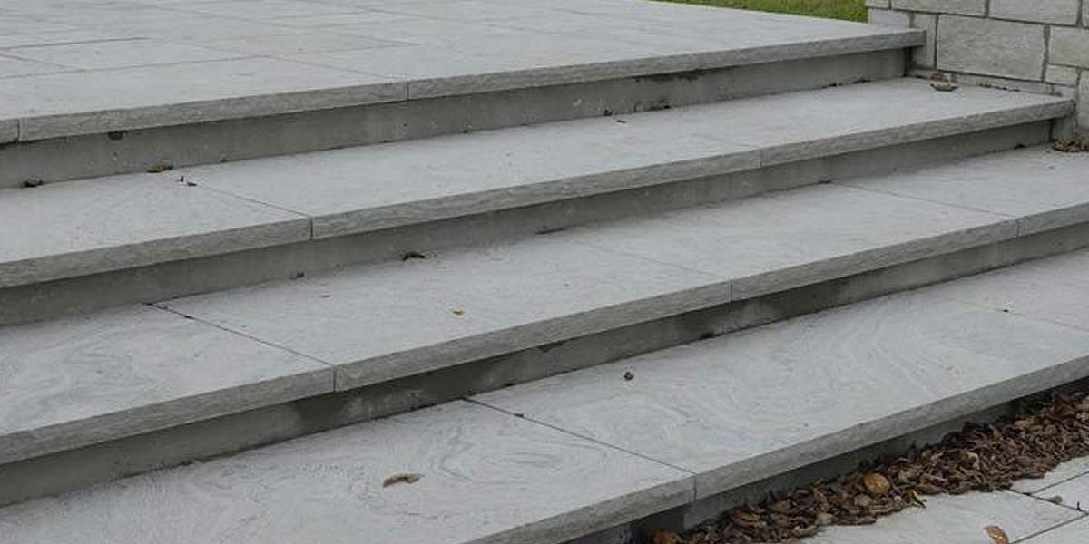 Eramosa Sandblasted (Modern) coping and caps public steps