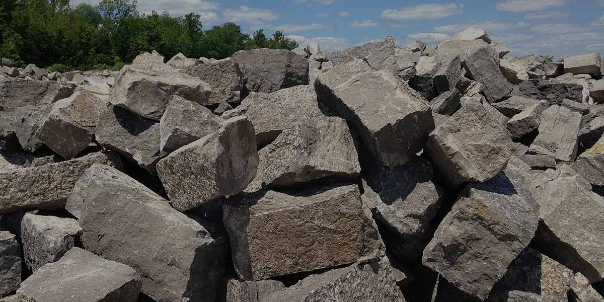 Guillotined Cubes Bulk armour stone piles