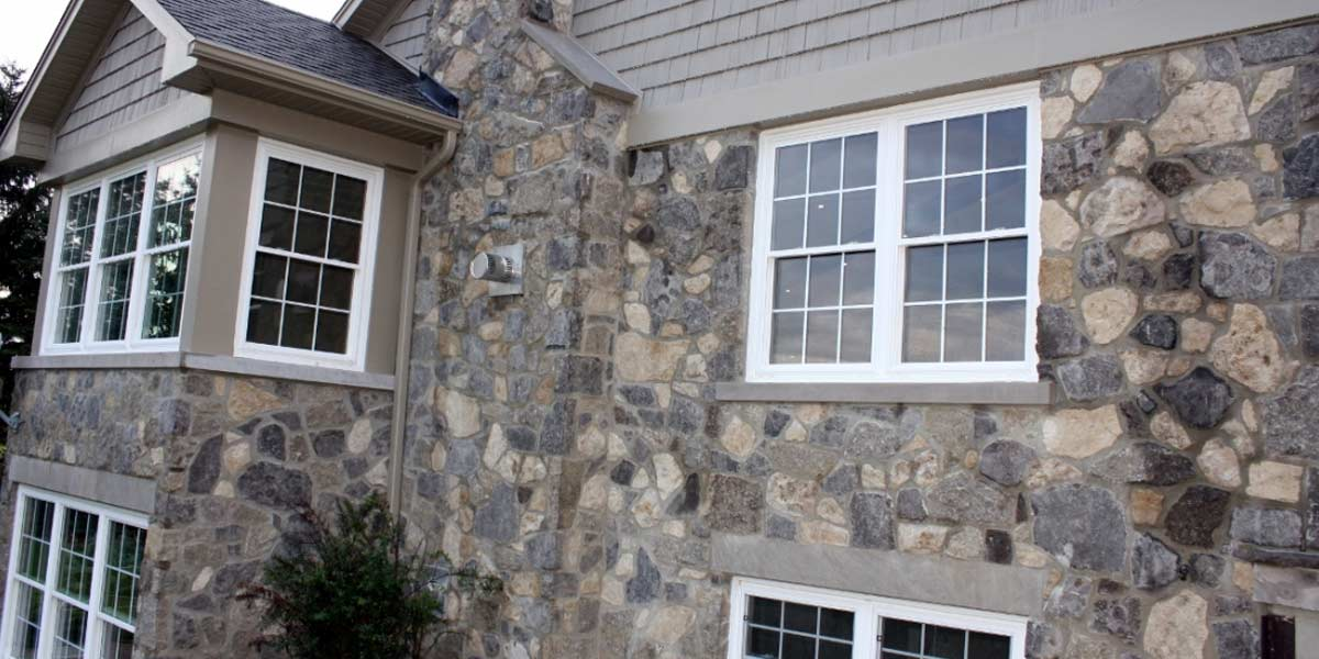 Rubble Buff veneer stone house wall
